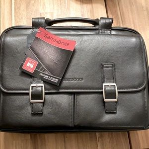 Samsonite front flap business briefcase